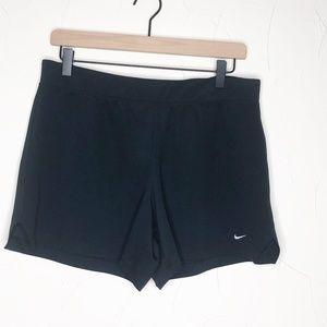 Nike | Basic Black Athletic Short - Size Large
